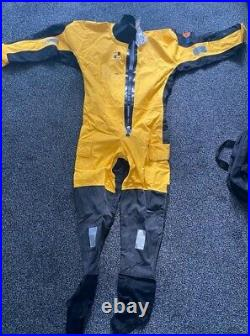 Floatation suit large / extra large with tags