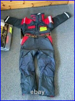 Mullion Climatec II 300D Aquafloat Superior Flotation Suit Sm New with tags