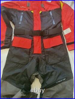 Westin W6 Flotation Suit SIZE L ARCTIC BOAT FISHING COD BASS